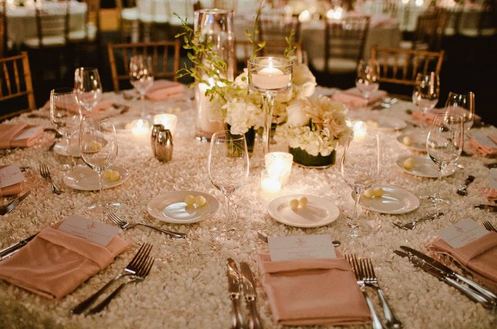 Tips to Choose the Right Kind of Centrepiece Table for Wedding Reception